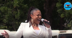 Elsie Duncan-Williams' Voice Melted Everyone's Heart at Rawlings' Mother's Funeral(video)