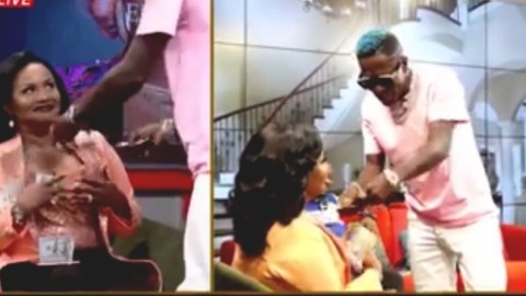 Shatta Wale proves he's the richest artist in Ghana as he sprays Dollars on McBrown (Video)