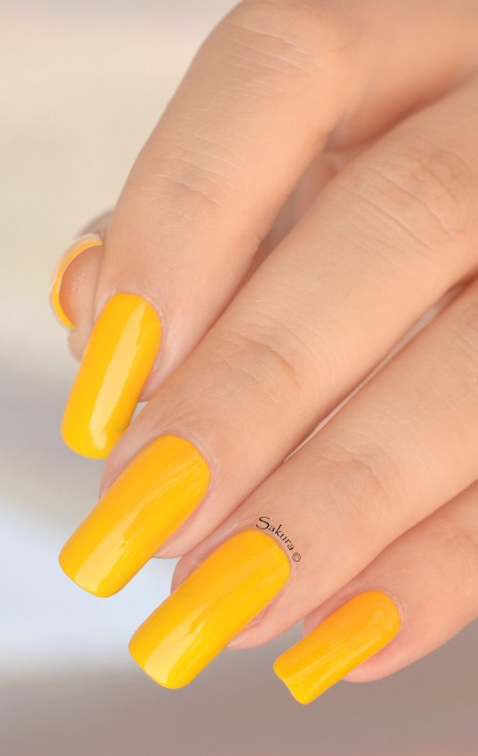 BEAUTY NAILS LEMON TREE