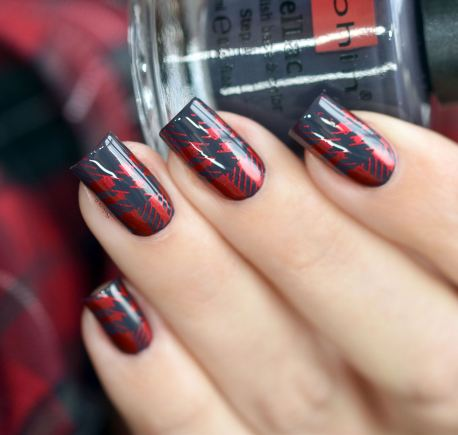 NAIL ART PLAID ROUGE 4