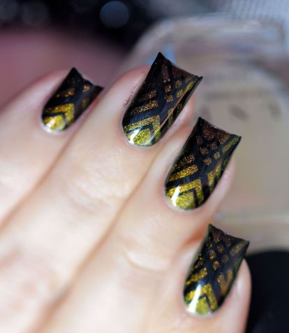 NAIL ART STAMPING THE MAGICIAN 6