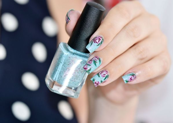 NAIL ART ROSES VINTAGES 5