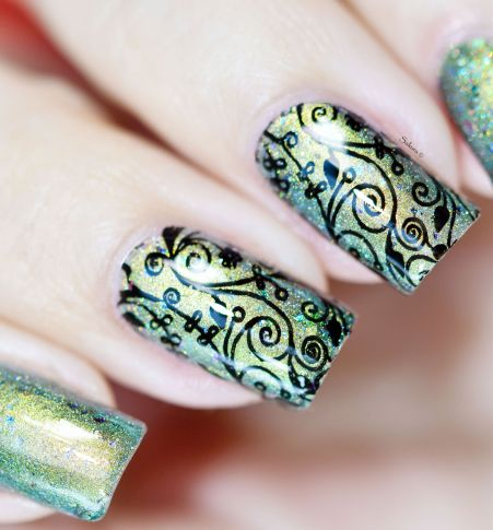 NAIL ART STAINED GLASS 4