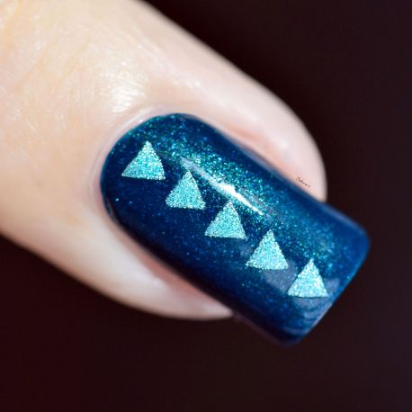 NAIL ART TRIANGLES 9