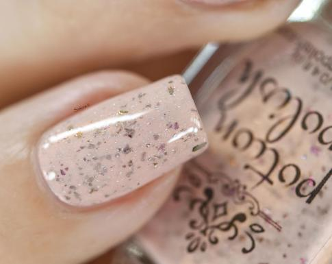 POTION POLISH FEET IN THE SAND 6