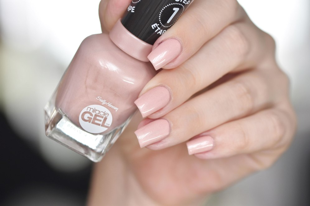 SALLY HANSEN REGAL ROSE 6