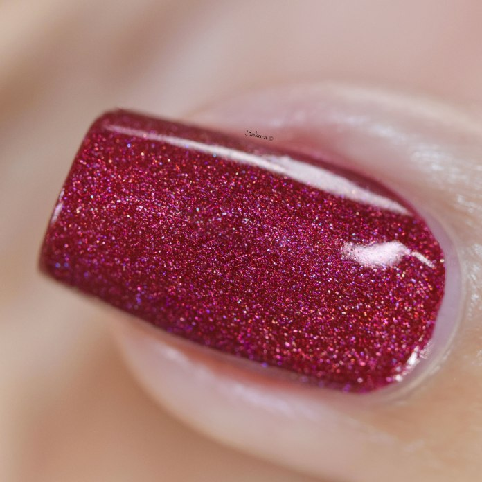 COLOUR ALIKE RED PEAR H 4 6
