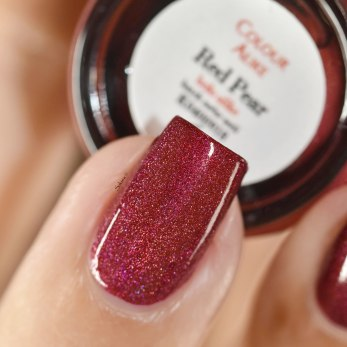 COLOUR ALIKE RED PEAR H 4 9