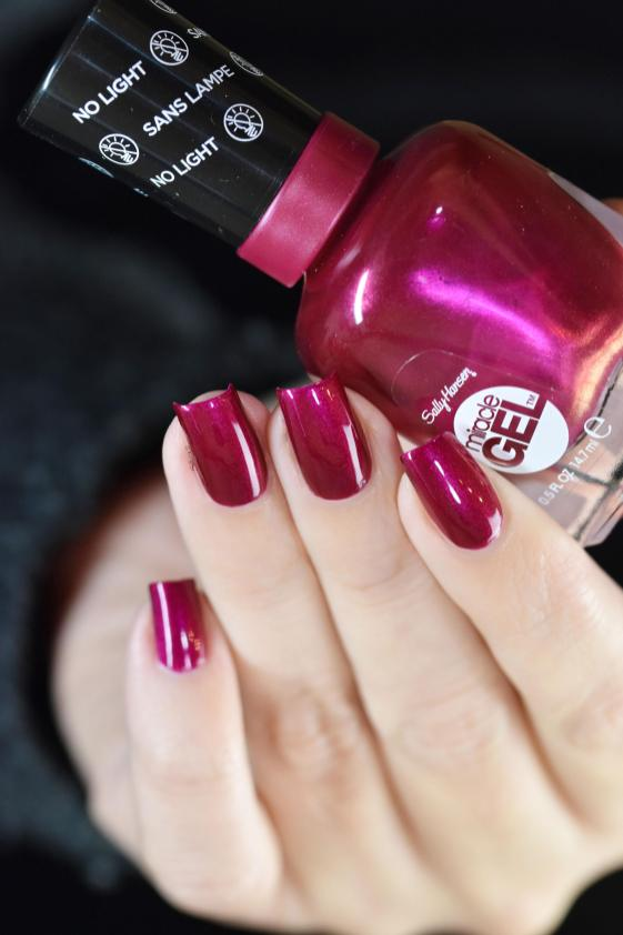 SALLY HANSEN MAD WOMEN 9