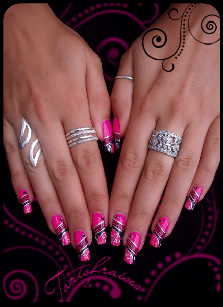 https://i1.wp.com/www.nail-art.fr/wp-content/uploads/2012/08/P1010003.png?resize=437%2C600