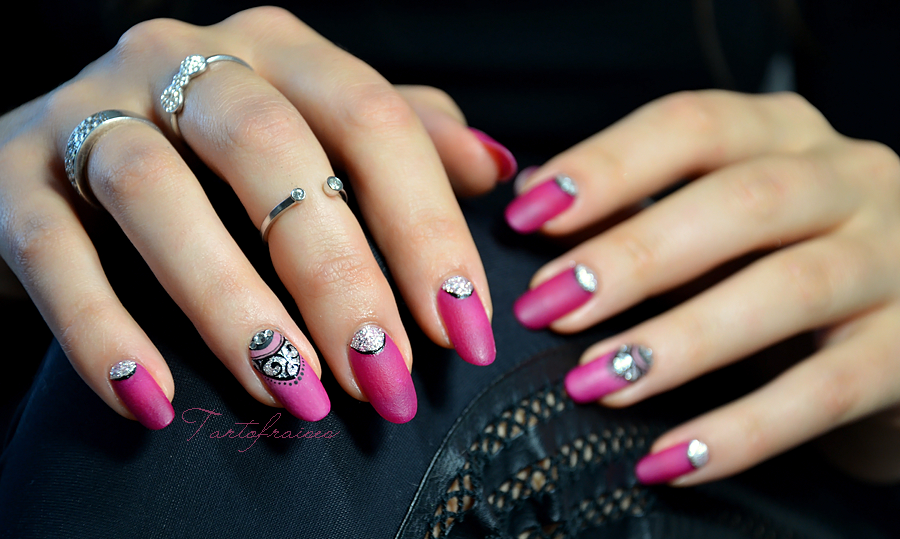 nail art m lange mat et brillant l ongle bijou d coration lunule tartofraises. Black Bedroom Furniture Sets. Home Design Ideas