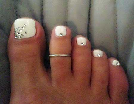 Simple Toe Nail Art Designs