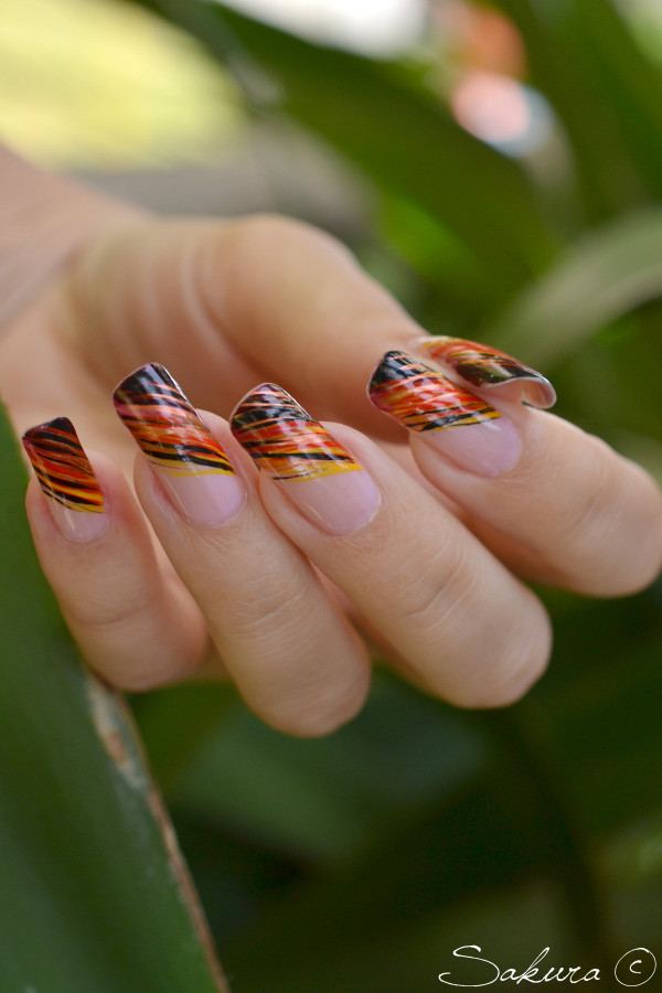 NAIL ART FLAMINGO 8