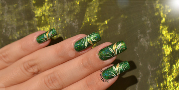NAIL ART FEUILLAGES 6