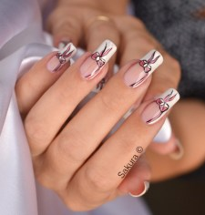 NAIL ART OCTOBRE ROSE 2012 4