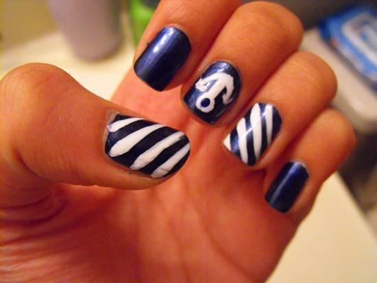 Anchor Nail Art Designs