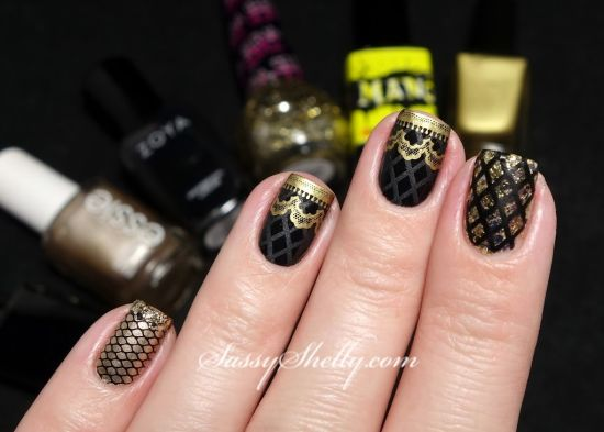 Geous Gold And Black Fish Nails