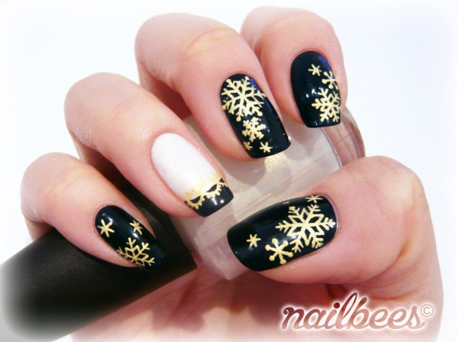 Easy Christmas Nail Art Designs Ideas 2016