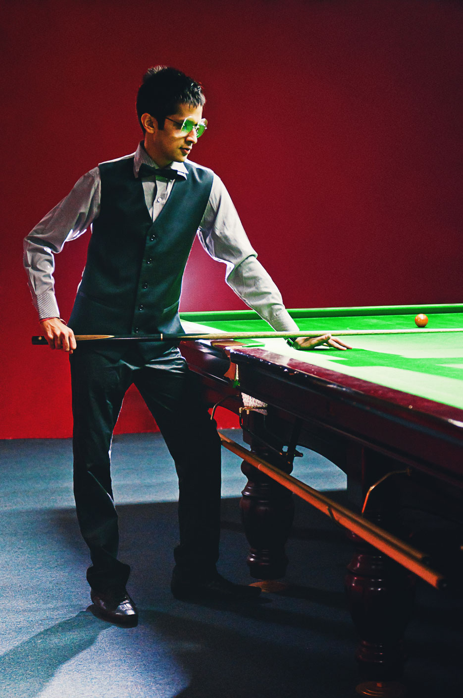 Portraits of a Snooker Player, Aman Goel. Photography by professional Indian photographer Naina Redhu of Naina.co