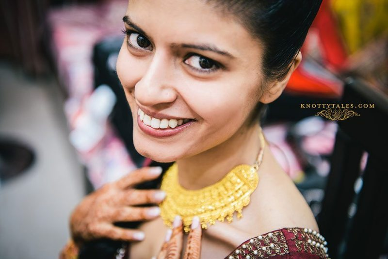 Gursimran-Sheleja-Wedding-Bridal-Getting-Ready-Knottytales-Naina-Indian-Wedding-Photography-08.jpg