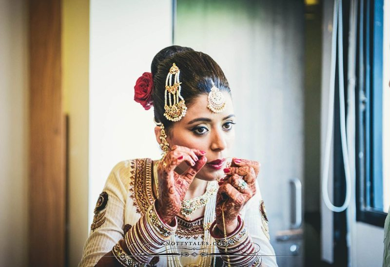 Jeevan-Saify-Wedding-Photography-Bride-Getting-Ready-Make-up-Lehenga-Knottytales-Naina.co-Lifestyle-Luxury-9.jpg