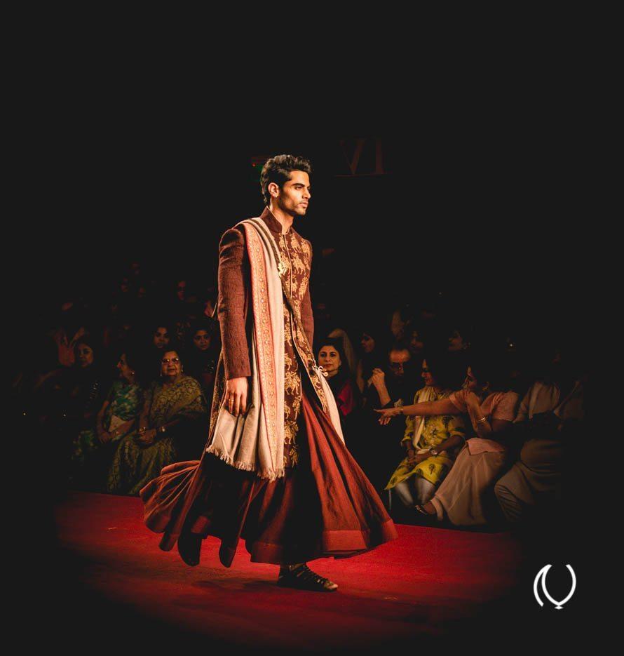 Anju-Modi-PCJ-Delhi-Couture-Week-2013-Lifestyle-Luxury-Photographer-Fashion-Storyteller-Naina.co