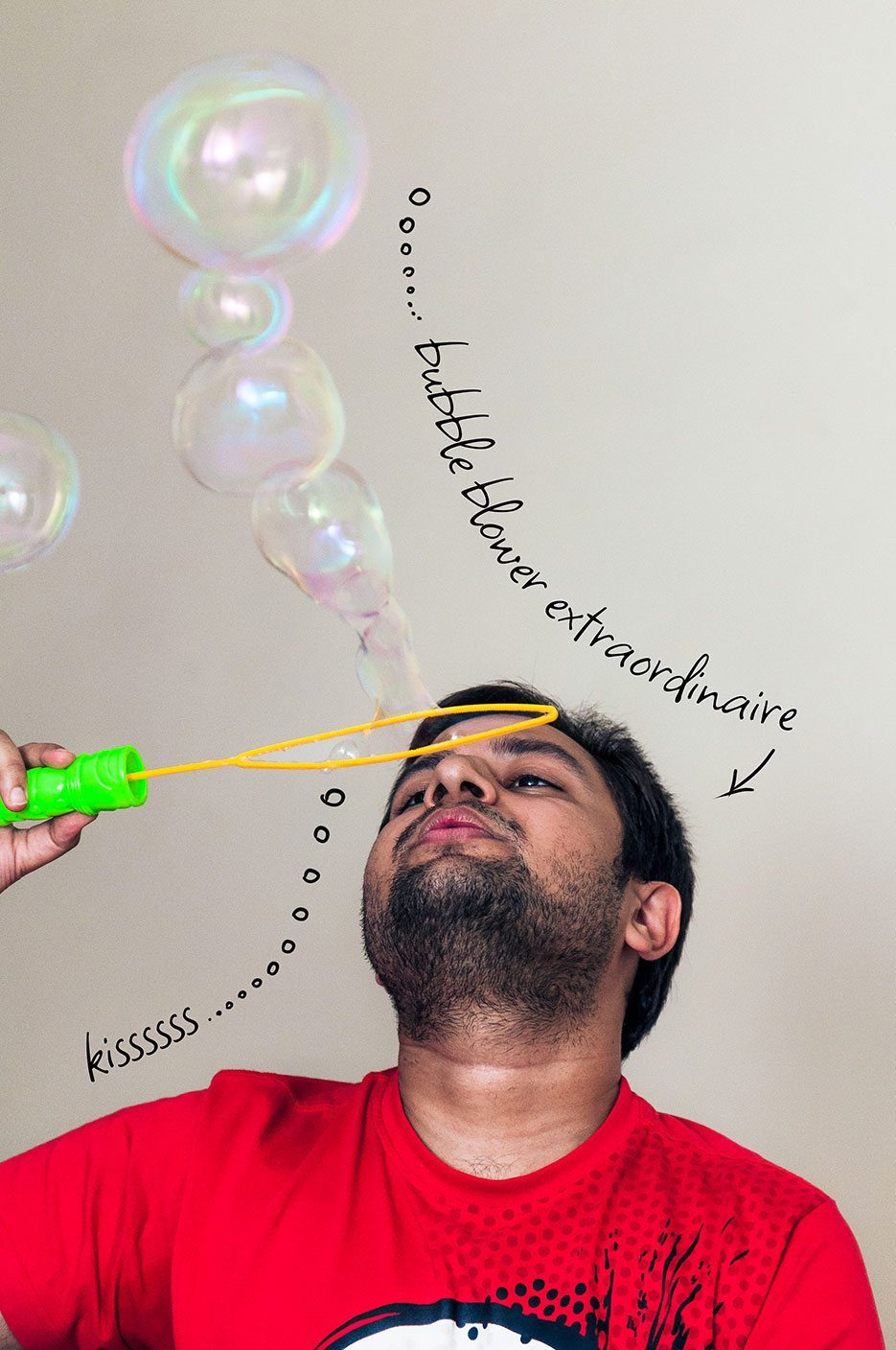 Bubble-Blower-Extraordinaire-Saurabh-Kejriwal-Friend-Creative-Naina.co-Photographer-Storyteller