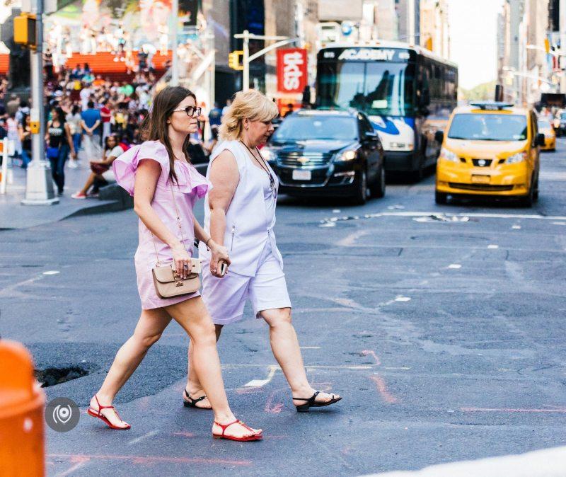 #EyesForStreetStyle #EyesForNewYork #REDHUxNYC Naina.co Luxury & Lifestyle, Photographer Storyteller, Blogger