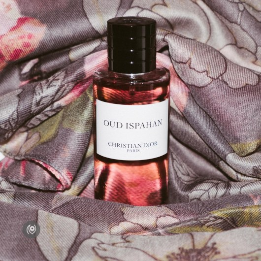 Oud Ispahan Christian Dior Parfum #EyesForLuxury Naina.co Luxury & Lifestyle, Photographer, Storyteller, Blogger