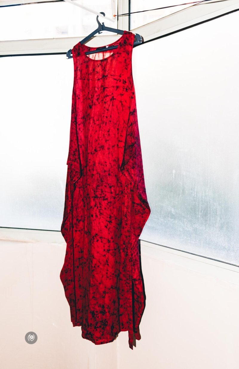 Red Batik, Summer Dress, Meraki by Pallavi Kandoi, Naina.co, Naina Redhu, Luxury Photographer, Lifestyle Photographer, Luxury Blogger, Lifestyle Blogger, Experience Collector, Personal Style, #MadeInIndia