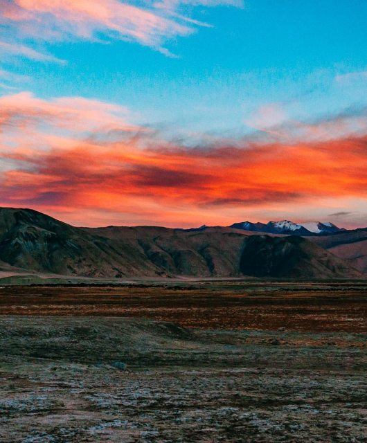 Naina.co, #Landscape, #EyesForDestinations, Ladakh, Leh, India, Travel, Professional Photographer, Photo Prints, #EyesforIndia, Sunset, Dusk, Night, Stars, Mountains, Mountain Ranges, Travel Photographer, Lifestyle Photographer, Luxury Photographer, Travel Blogger, Lifestyle Blogger, Luxury Blogger, Blogger