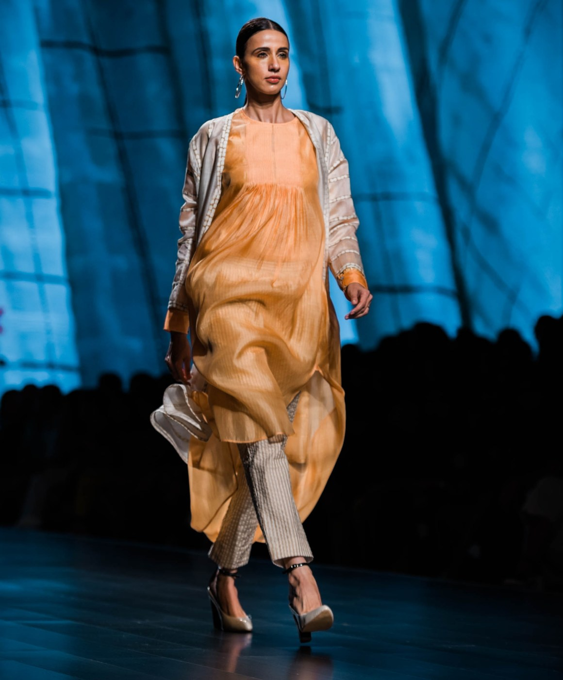 Naina Redhu, Naina.co, amrich, amrich designs, Fashion Designer, FDCI, Lotus MakeUp India Fashion Week Spring Summer 2019, LMIFWSS19, LMIFW, India Fashion Week, Fashion Week Delhi, MadeInIndia, Made In India, EyesForFashion, Professional Photographer, Blogger, Fashion Photographer, Lifestyle Photographer, Luxury Photographer, Delhi Photographer, Gurgaon Photographer, Delhi Blogger, Gurgaon Blogger, Indian Blogger