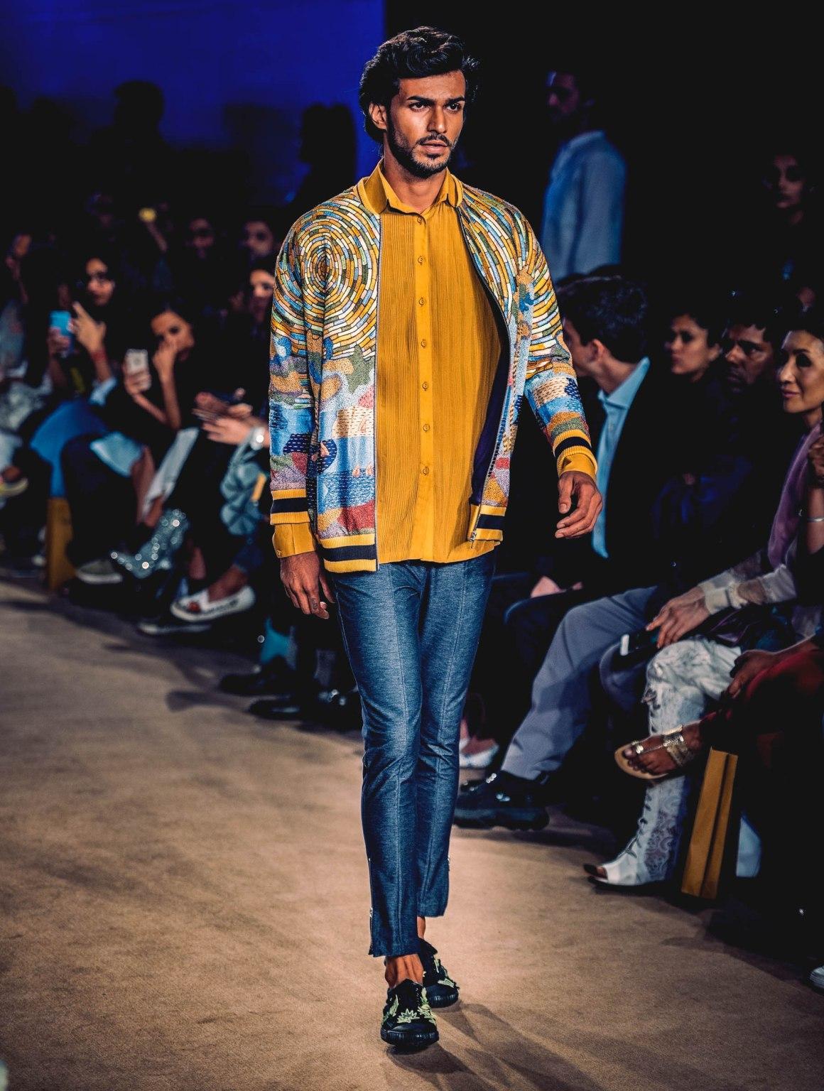 #EyesForFashion, #MadeInIndia, 10YearsOfRahulMishra, Aarna Mishra, Autumn Winter, Blogger Naina, Decade, delhi, Delhi Fashion Week, Divya Mishra, embroidery, Fashion Design Council of India, fashion show, FDCI, French Knots, From The Archives, Gurgaon, India, india fashion week, Indian Fashion Designer, Jawaharlal Nehru Stadium, lifestyle blogger, lifestyle photographer, Liva, LMIFWAW19, Lotus Makeup India Fashion Week, luxury blogger, luxury photographer, Metamorphosis, naina redhu, naina.co, Photographer Naina, Professional Blogger, professional photographer, Rahul Mishra, Reinvention, Retrospect, Retrospection, Retrospective, Runway, Structured Garments, Ten Seasons of Paris Fashion Week, textiles, Weaves