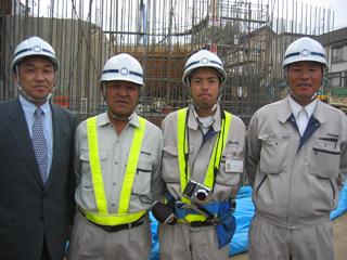 左から、中本所長、中塚さん、上村さん