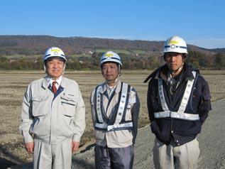 左から 中山社長、遠藤係長、池本さん