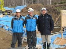 左から大澤次長、油谷係長、中山社長