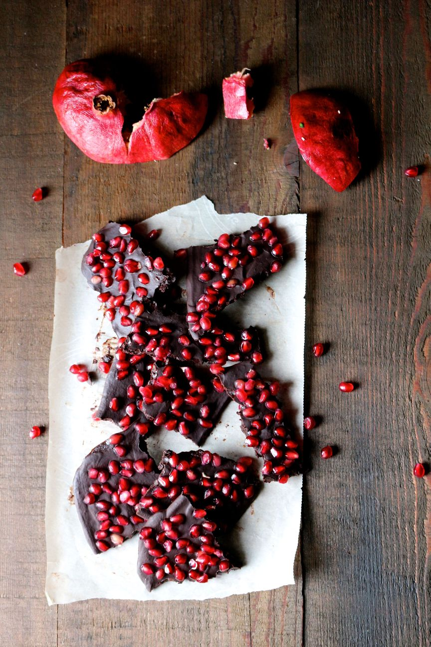 Raw Chocolate Pomegranate Bark