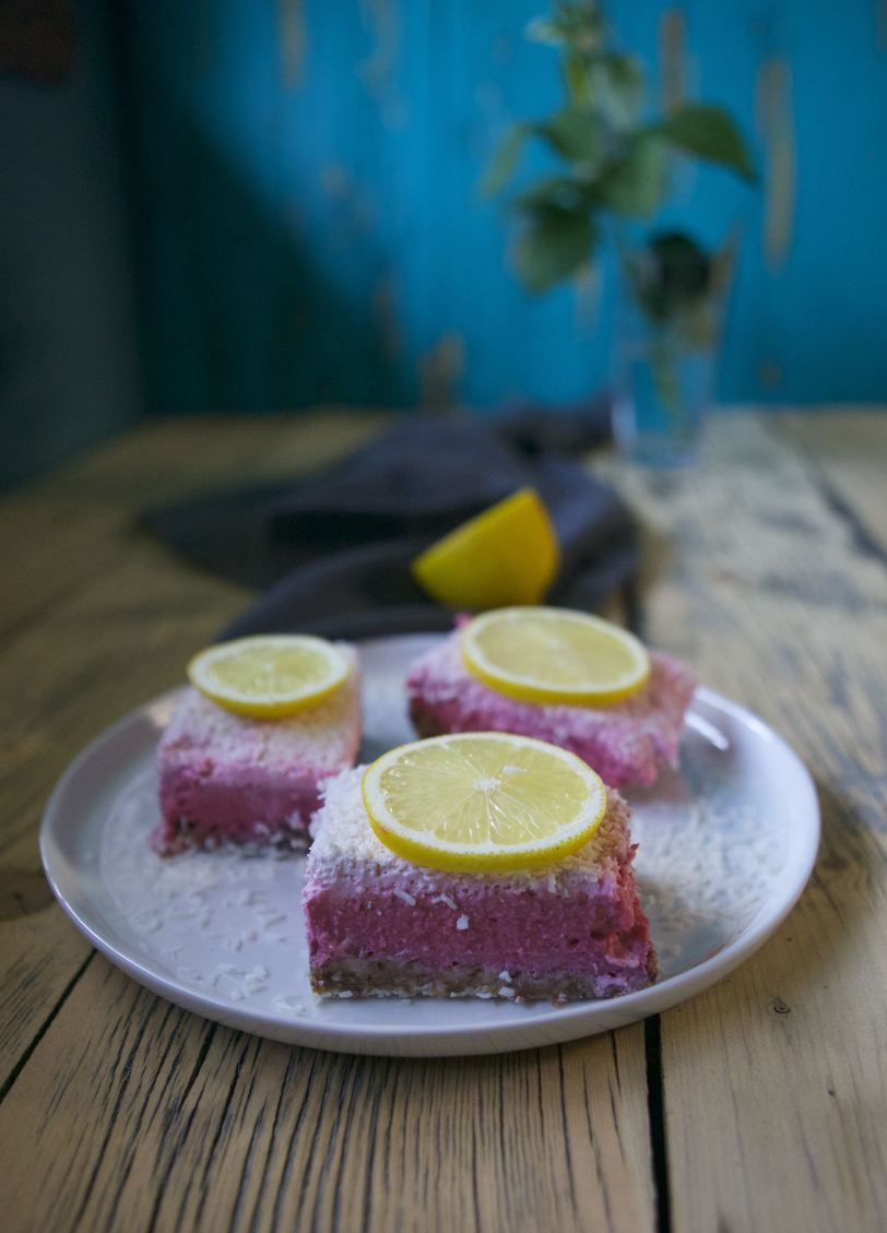 Raw Raspberry Lemonade Bars