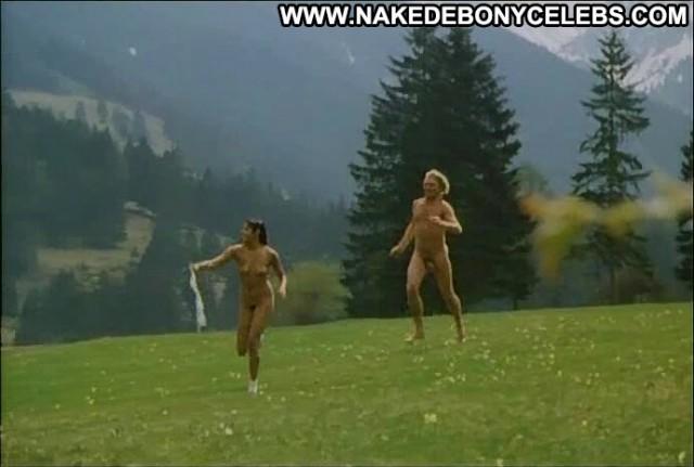 Scarlett Gunden Hurra Die Schwedinnen Sind Da Small Tits Celebrity