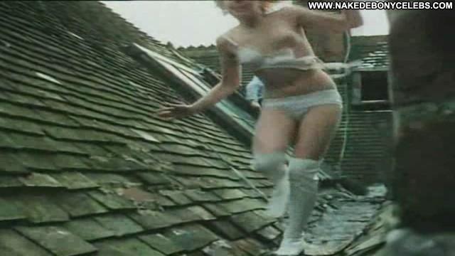 Carol Hawkins Zeta One Medium Tits Sensual Blonde Sultry
