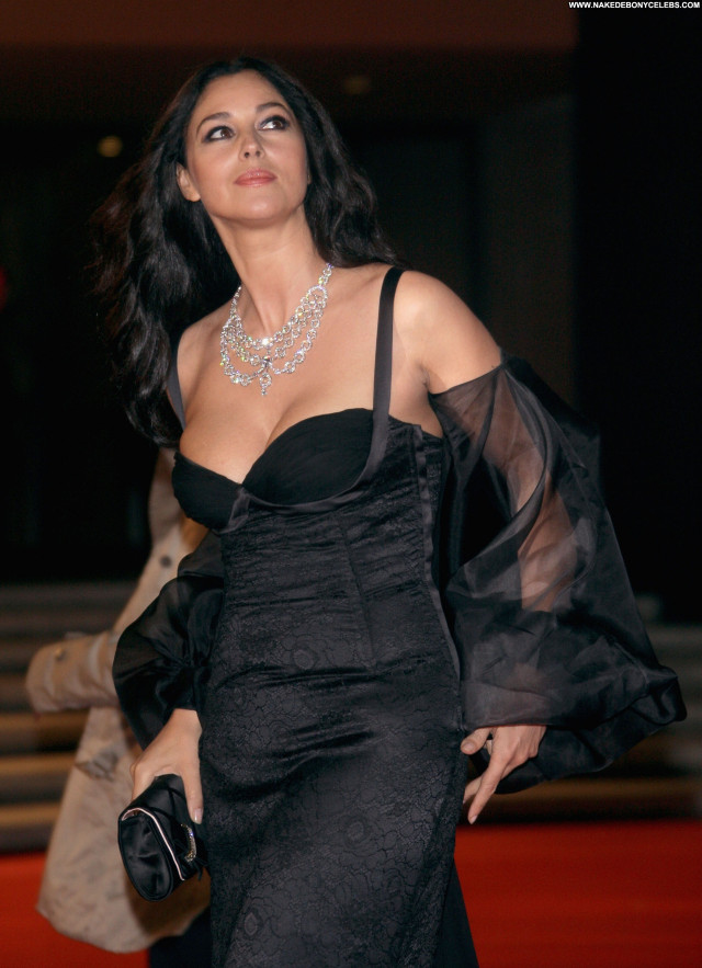 Monica Bellucci Beautiful Celebrity Posing Hot Babe Female Sexy Nude