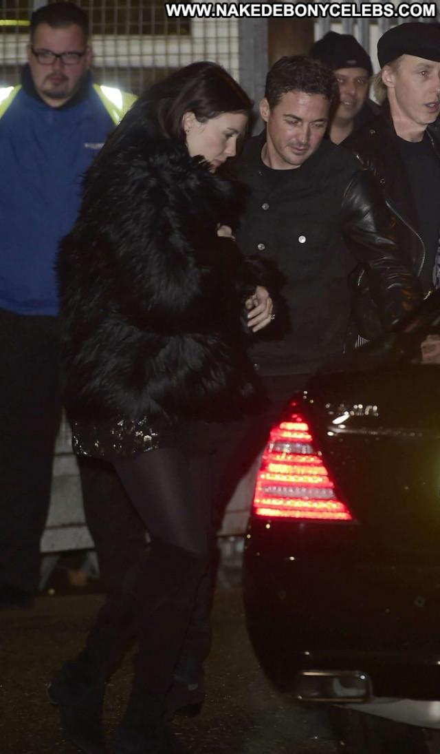 Liv Tyler X Factor Celebrity Posing Hot Paparazzi London Babe