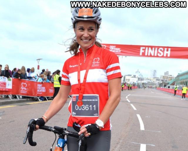 Pippa Middleton London To Brighton Paparazzi British Beautiful Bike