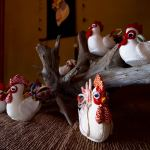Domestic fowl made of Crêpe