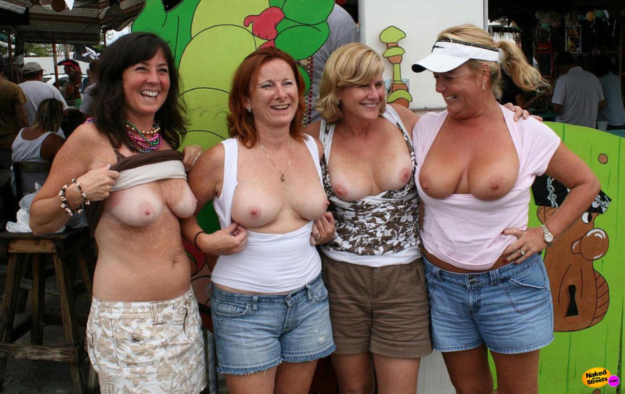 group boobs