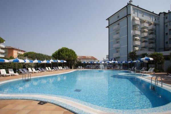 Pool des Hotel Principe Caorle
