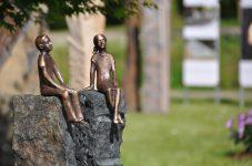 Kleine Bronze-Statuen