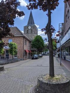 Blick auf die Kirche in Uelsen