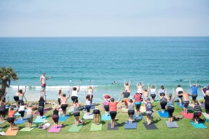8 Reasons to Start Yoga Today!