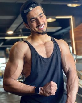 Mr Faisu (Faisal Shaikh) Tiktok Star : Bio / Wiki, Early Life, Height, Weight, Age, Controversy, Affairs, Net Worth (Income $$), Family, GF & More - WOW!!!